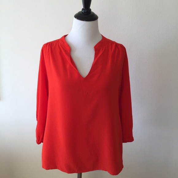 Amour Vert Tops - Amour Vert red silk top - size Extra Small